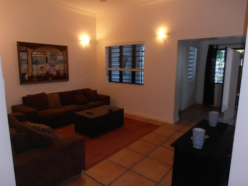 floriana villas no 1, holiday rental in Stratford