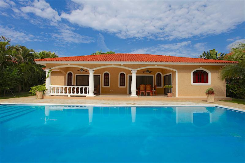 3 BD Villa in Dominican Republic, Cabarete, holiday rental in Sosua