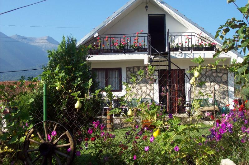 Villa Gulab, vacation rental in Krusevo