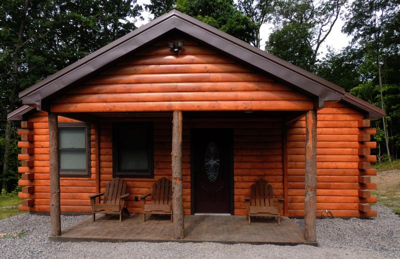 Welcome to your modern, luxurious, comfortable log cabin retreat!