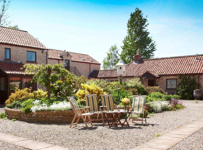 Mill Cottage - Pickering - Gateway to York Moors, holiday rental in Pickering
