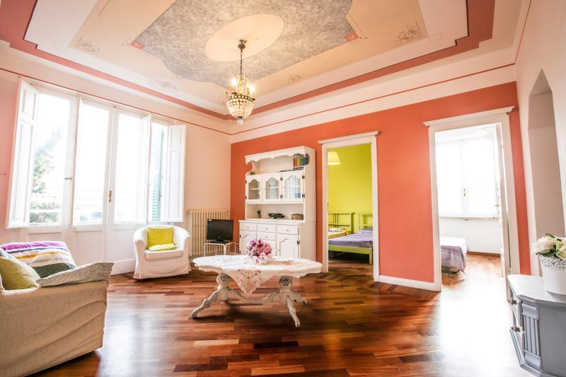 Appartamento Perla Agenzia Pineto Vacanza, holiday rental in Torre di Cerrano