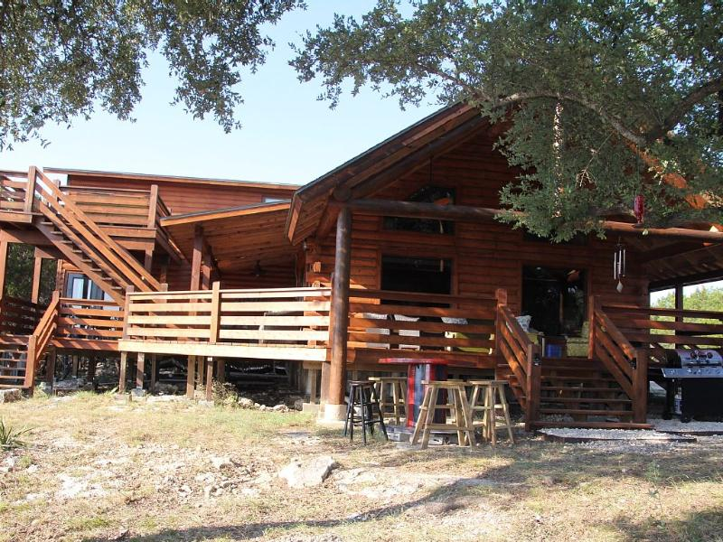 Hill Country Haus - A Texas Hill Country Escape, location de vacances à Fischer