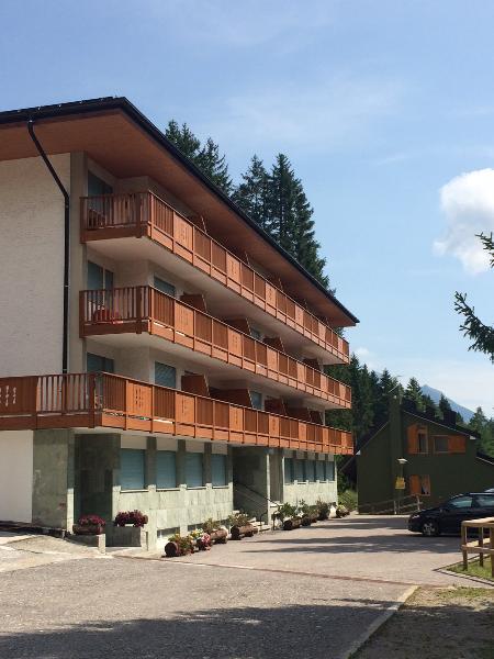 A 5 minuti dalla cabinovia Spinale! 4-5 persone, holiday rental in Madonna Di Campiglio