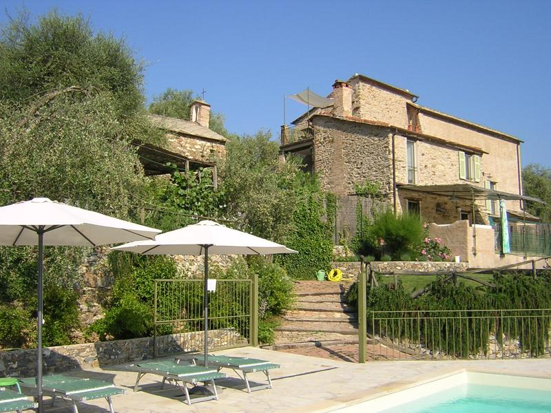 Agriturismo I Re Fenean - self catering apartment, vacation rental in Province of Savona