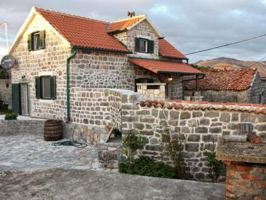 Stone house, vacation rental in Radovici