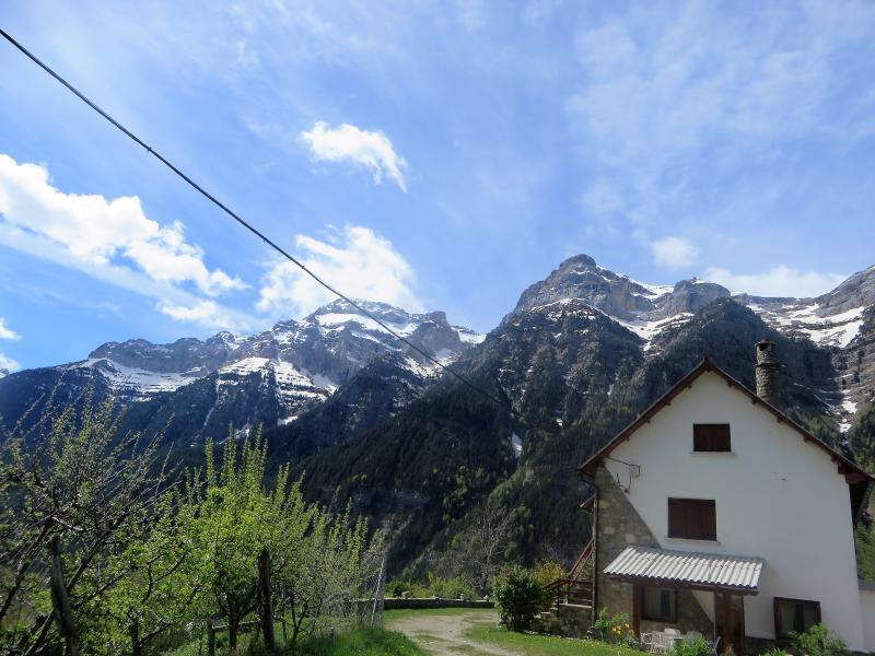 casa rural pedro mairal, holiday rental in Espierba