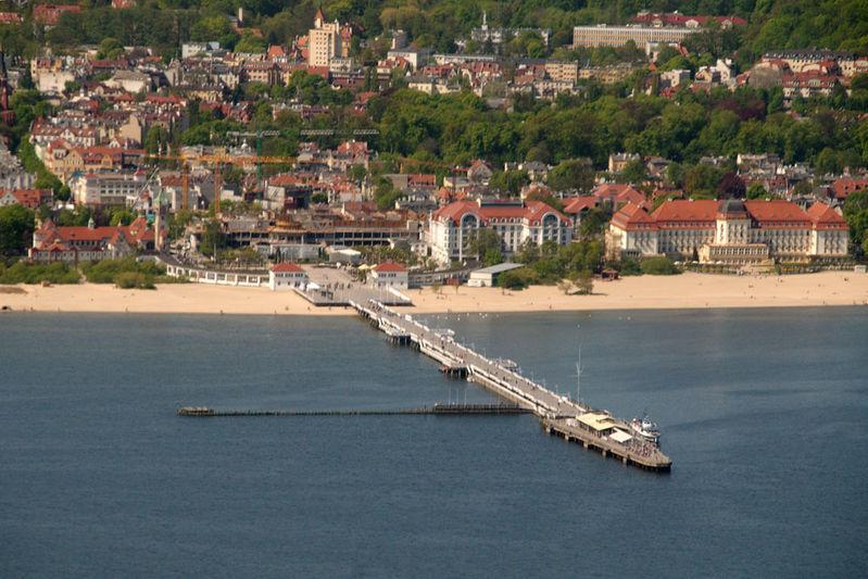 Sopot: pier and white sand beach