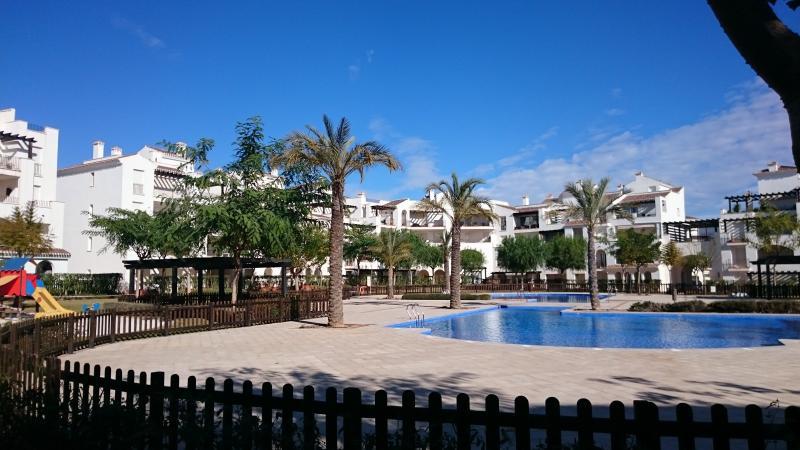 Holiday apartment in La Torre Golf Resort – semesterbostad i Roldan