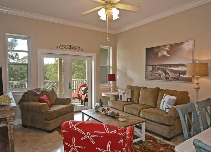 Relaxing living area with 42 inch TV and DVD player!