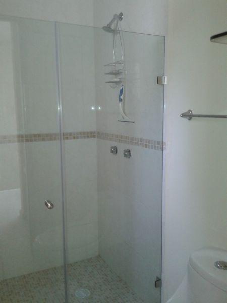 Otra vista de uno de los baños