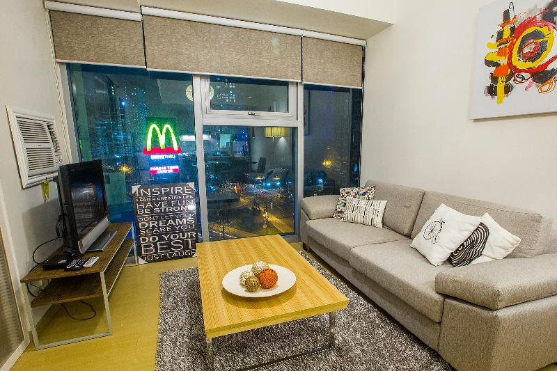 City View from a Modern 1BR in BGC, vacation rental in Cavite City