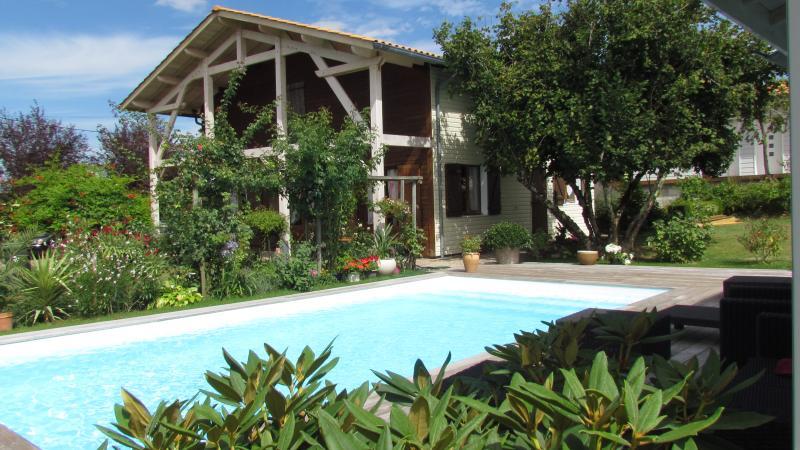 chambre d 'hote ' Les Arums de Fondeminjean' océan, casa vacanza a Pauillac