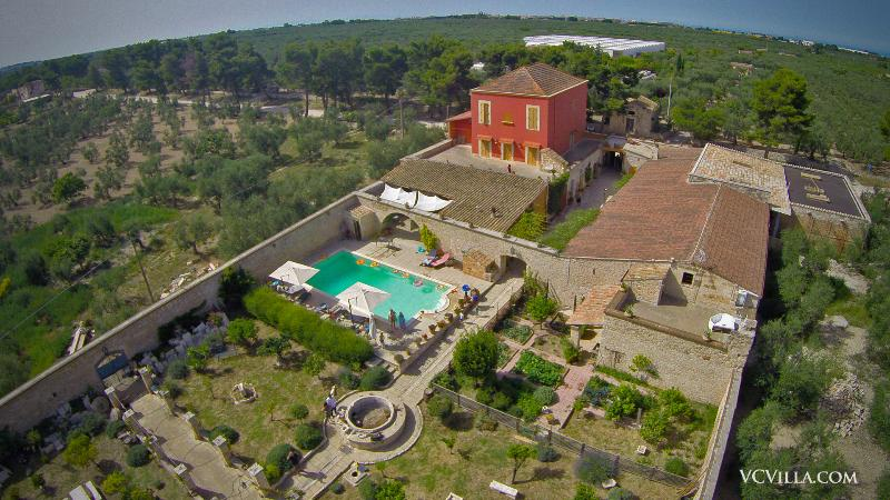 Enjoy an authentic stay in a historic villa in the Italian countryside