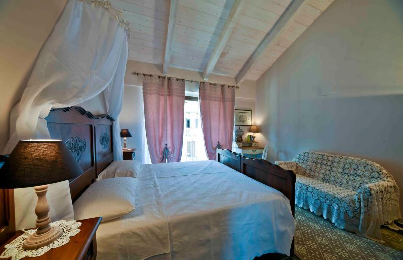 Casa Nalin, appartamento 'La Lesà', vakantiewoning in Bra