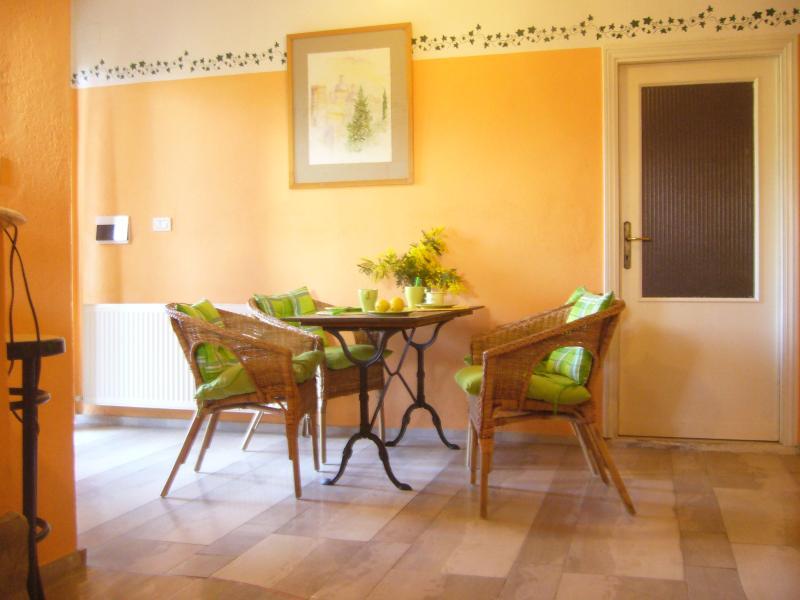 Apartamento Villa La Rogaia me Cuccioli - comedor