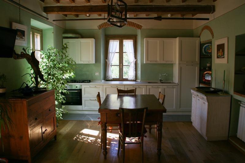 Livig area - Kitchen / Zona Giorno - Cucina