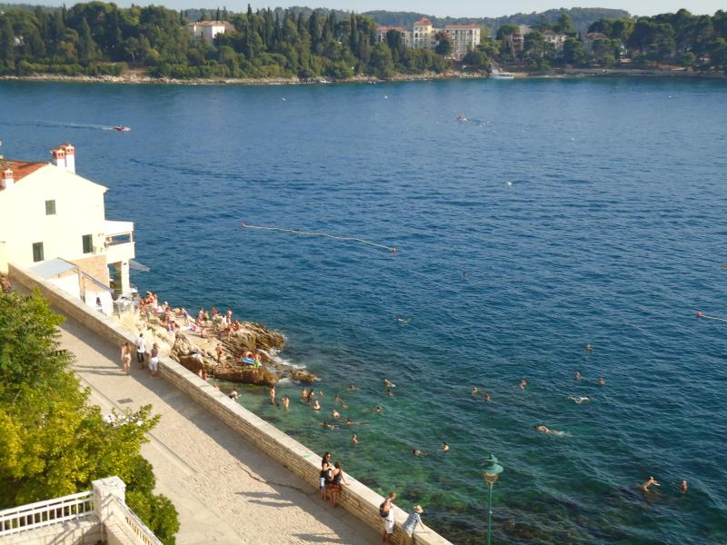 The nearest beach is only 300 meters away from the apartment Xenia