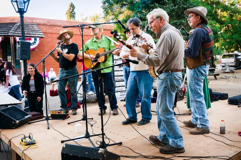 Live entertainment at Columbia State Park