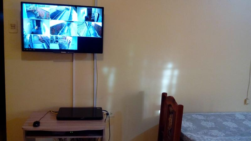 TV VIA INTERNET BOX