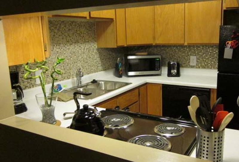 2nd condo with updated kitchen appliances.