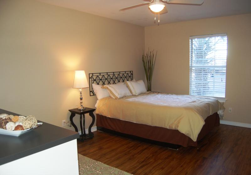 Weekly Rental Fully Furnished All Utilties Updated 2019