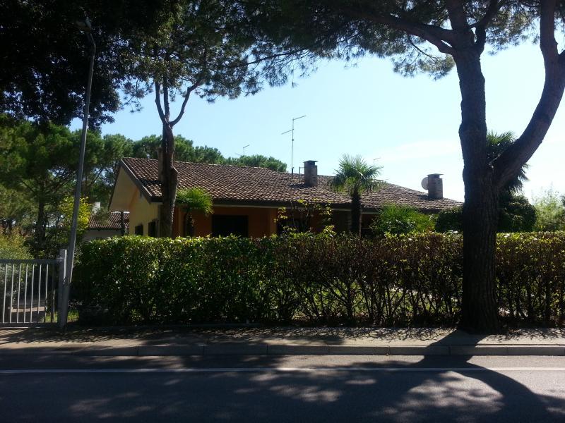 Hus med privat trädgård
