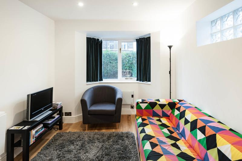 the house on the corner, vacation rental in London