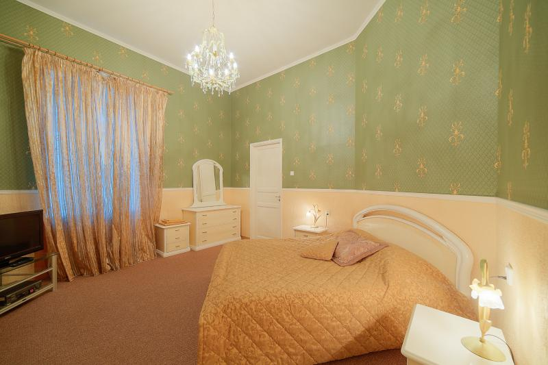 SPb Rentals Elite apartment in the very centre, holiday rental in St. Petersburg