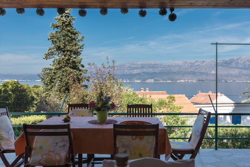 Vacation house Villa Vinka, location de vacances à Postira