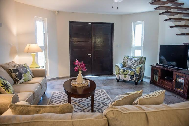 Large living area with plenty of seating and 50' SMART TV with BluRay DVD