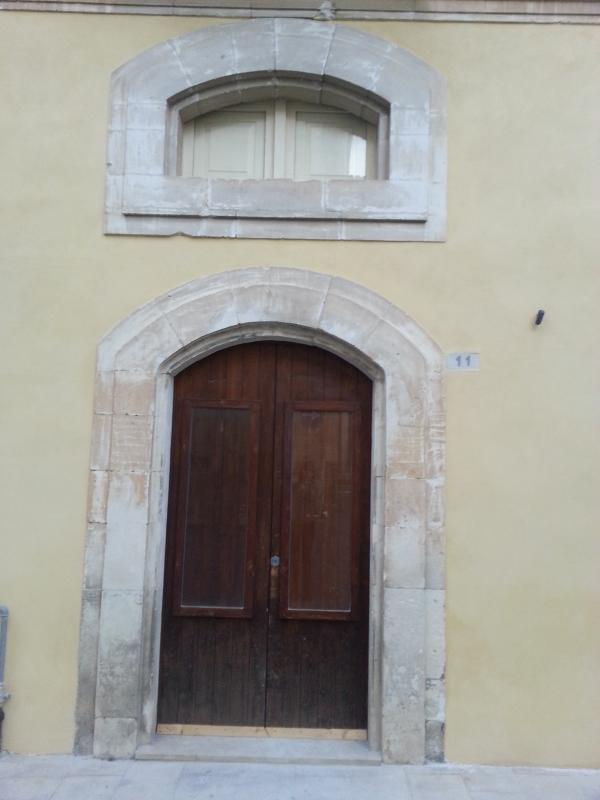 The entrance of the House, situated in a historical building from the early ' 900.