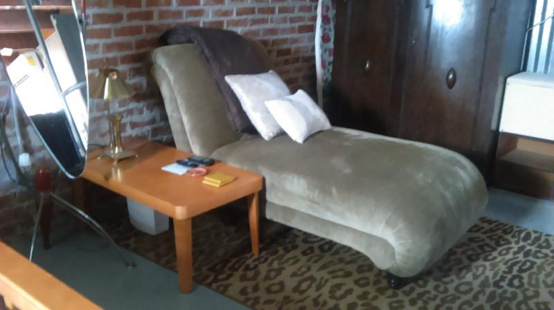 Détendez-vous sur cette chaise longue méridienne