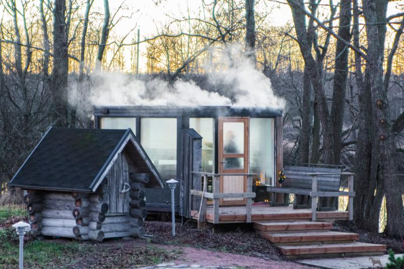 Outdoor sauna can also be heated in late autumn and early winter