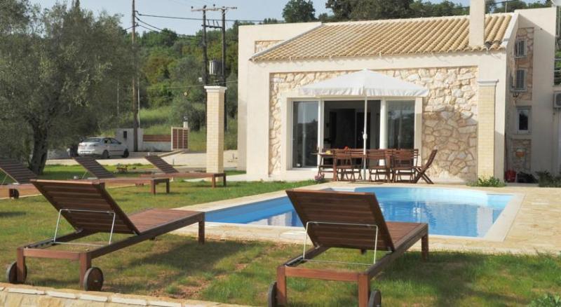 Villa Poulades no 2, aluguéis de temporada em Gouvia
