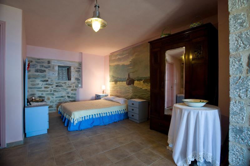 The bedroom of the 1st floor