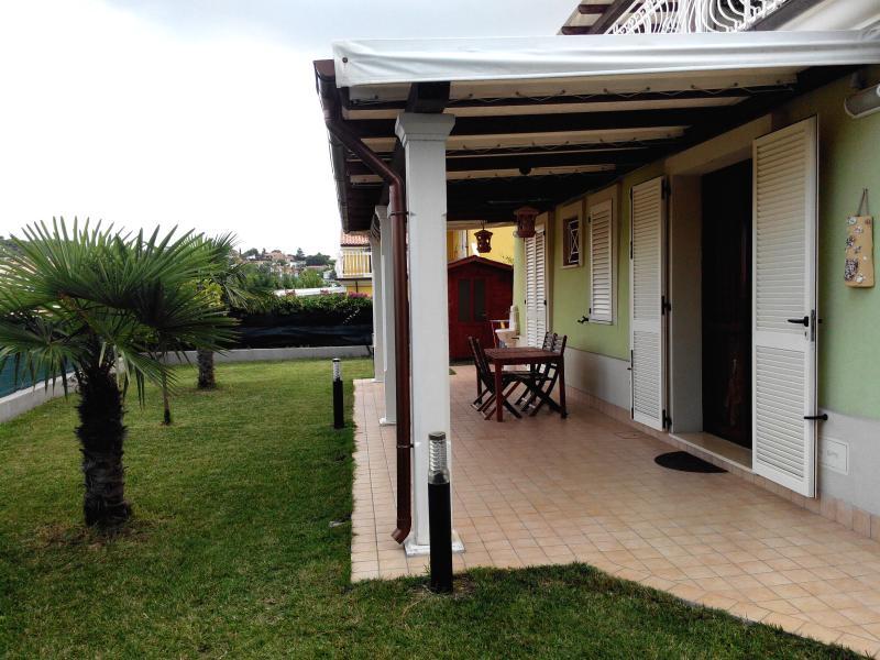 Entrance-private garden