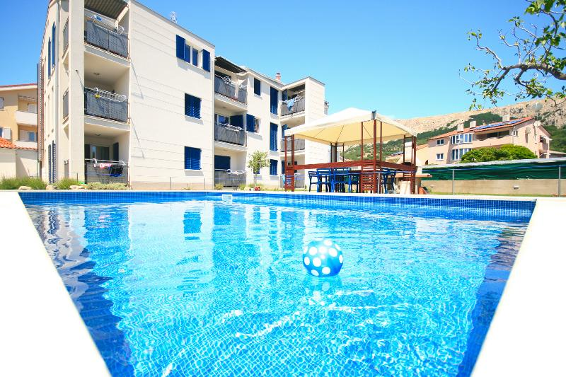 Adorami Apartments A7, location de vacances à Baska
