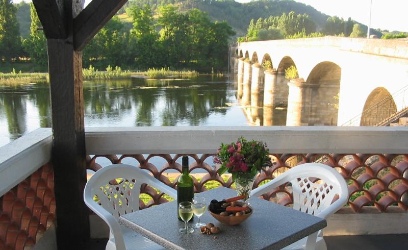 Enjoy an aperitif in our Terrace Bar