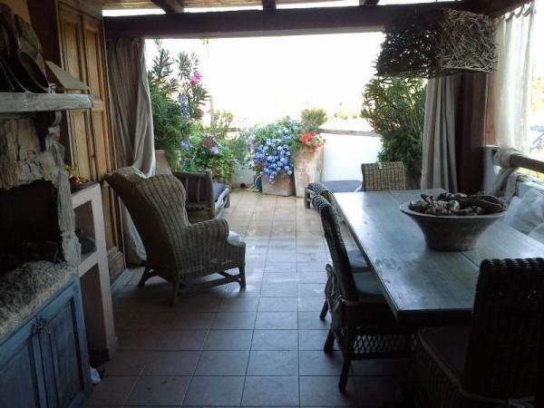 Romantico appartamento con vista mare, alquiler vacacional en Porto Pozzo