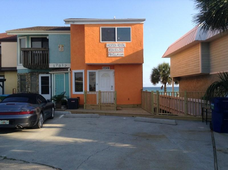 This Townhouse ORANGE 2B 2.5BA is Located near Pier Park with 4 parking spots