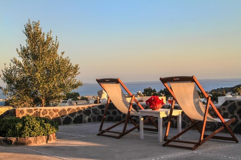 Théa | Shades of White, location de vacances à Vlycha