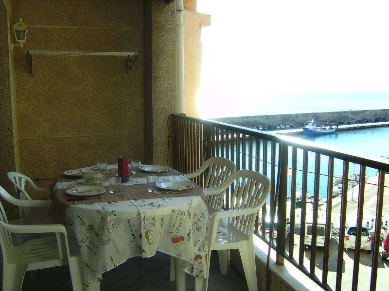 Vistas al mar y cerca de la playa HUTTE-001349, aluguéis de temporada em L'Ametlla de Mar