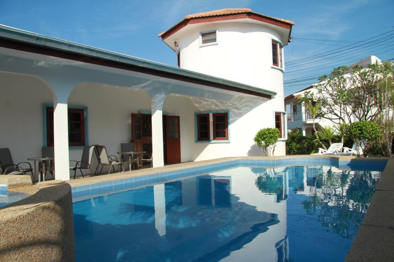 6 Bedroom detached villa located in quiet Avalon Khao Noi Village, Hua Hin – semesterbostad i Hua Hin