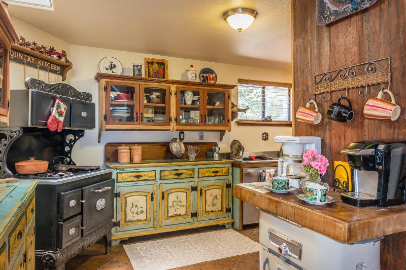 Full Farmhouse Kitchen, also has Second Kitchen upstairs!!