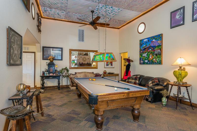 Pool Table, Darts, Piano and Karaoke!