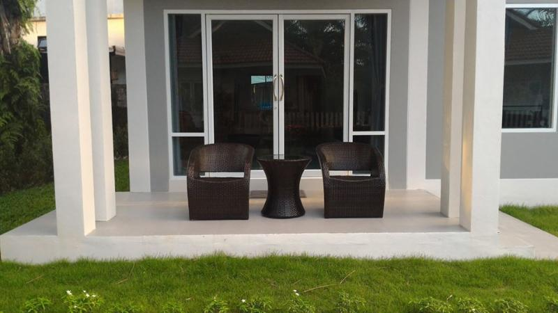 Ao Nang Modern House, Rental house for 2 Bedrooms, holiday rental in Ao Nang
