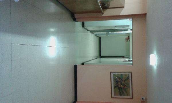 The main lobby area leading to the elevator for your convenience, 41F is on the first floor