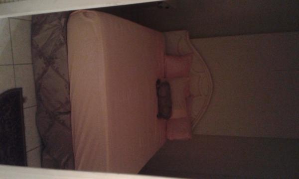 Coxy bedroom to sleep two