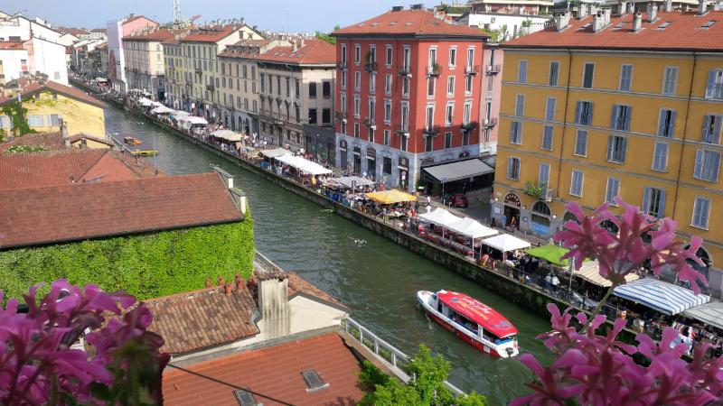 Beautiful view of the Naviglio Grande from the balcony.